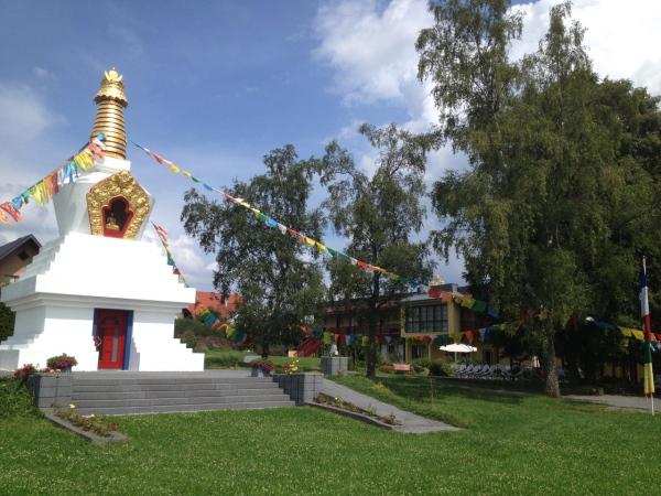 Stupa Kamalashila Institut