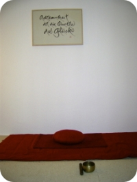 Online: Meditationsstunde: abwechselnde Meditations-Schwerpunkte im Monats-Rhythmus – mit Yesche